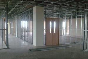 Vách ngăn thạch cao được sử dụng làm văn phòng