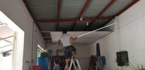 Thi công đóng trần lá phông thạch cao cho quán anh Lâm quận 12