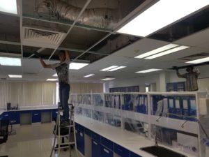 Thi công văn phòng nhà xưởng thay tấm trần thạch cao, vách ngăn thạch cao